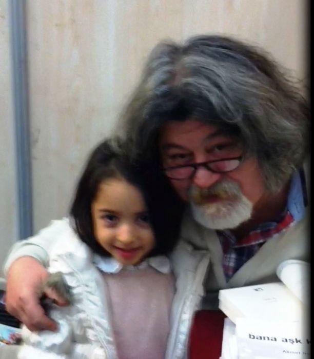 Nehir, Ahmet Nesin ile - 8. Kitap Fuarı - Ocak 2014 Ankara